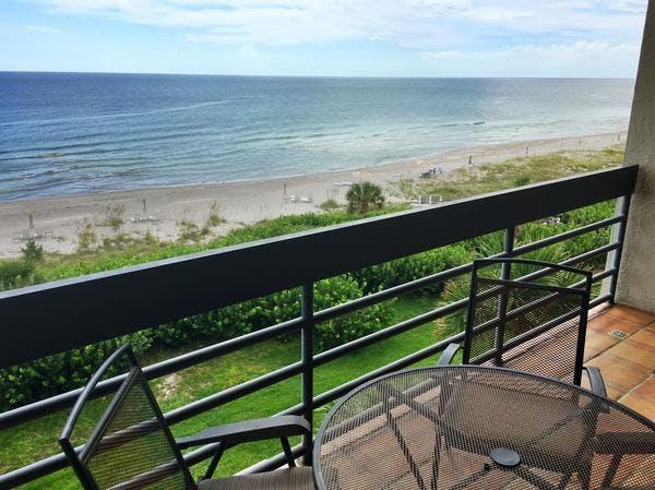 Beachplace 8-405